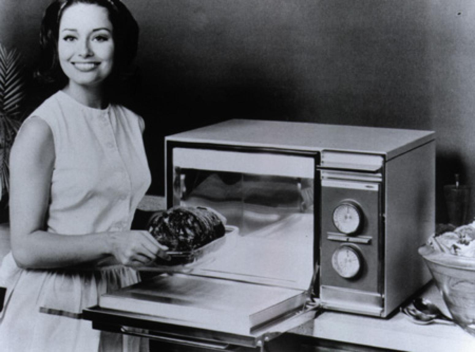 Микроволновая печь 40 лет назад