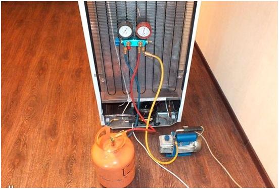 Заправка промышленного холодильника фреоном своими руками 75
