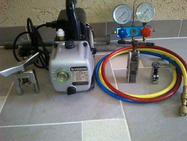 Вакуумный насос для заправки кондиционера