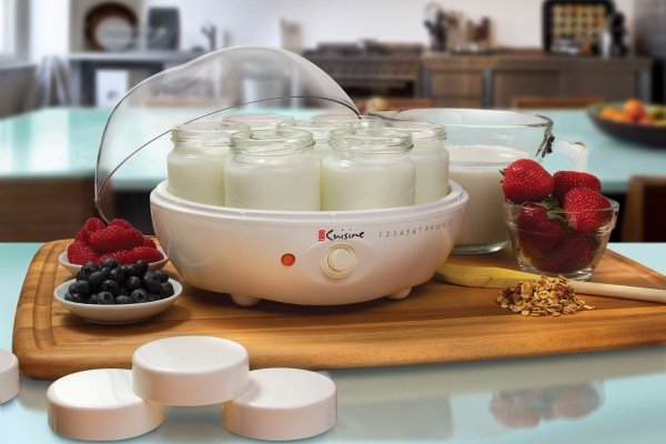 Йогурт из йогуртницы с ягодами