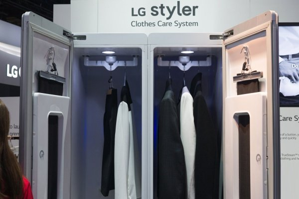 Паровой шкаф LG Styler