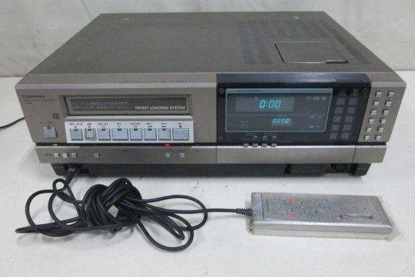 Подключенный ыидеомагнитофон